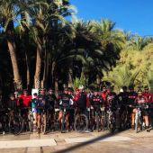 Numerosos deportistas de la ciudad quedaron el pasado 1 de noviembre para reconocer el circuito del III Duatlón Ciudad de Elche.