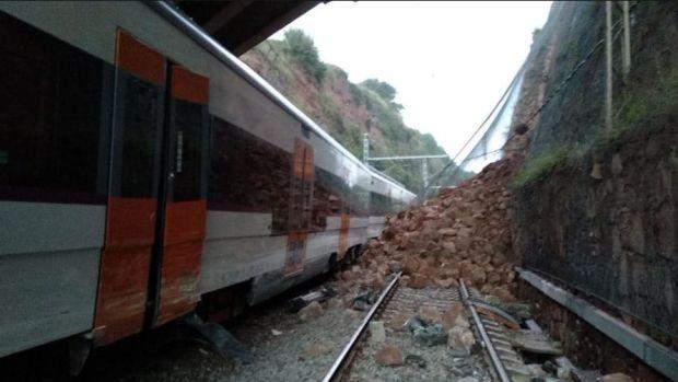 El tren que ha descarrilado en Vacarisses