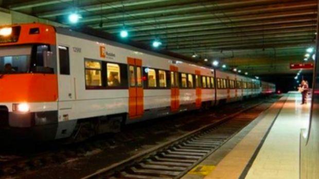 Un muerto y 44 heridos por el descarrilamiento del tren de Vacarisas, Barcelona