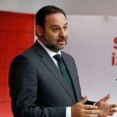 """Noticias 1 Antena 3 (04-12-18) José Luis Ábalos muestra su apoyo a Susana Díaz: """"No voy a pedir la dimisión de nadie"""""""