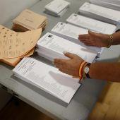 Papeletas electorales durante unas elecciones