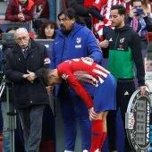 Lucas Hernández se retira lesionado del partido del Atlético