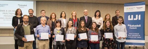 Seis jóvenes investigadores obtienen el premio Fundación Banco Sabadell- UJI a las mejores prácticas del programa «Estudia e investiga» de la UJI