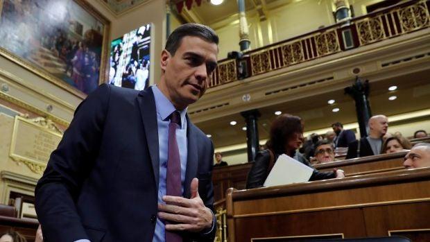 """Las preguntas de Amón: """"¿Tiene credibilidad Sánchez para convertirse ahora en azote del soberanismo?"""""""