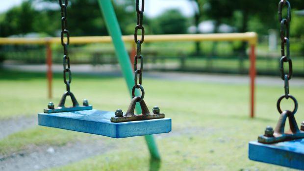 Mesa de redacción: ¿Se debe pedir permiso municipal para organizar una fiesta en un parque público?