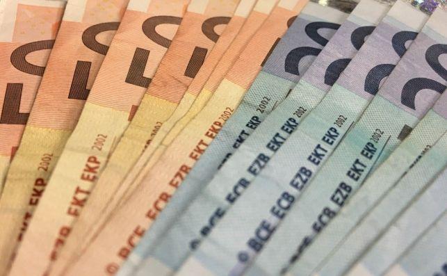 La Brújula de la Economía: ¿Cómo se podría subir el salario mínimo en España?