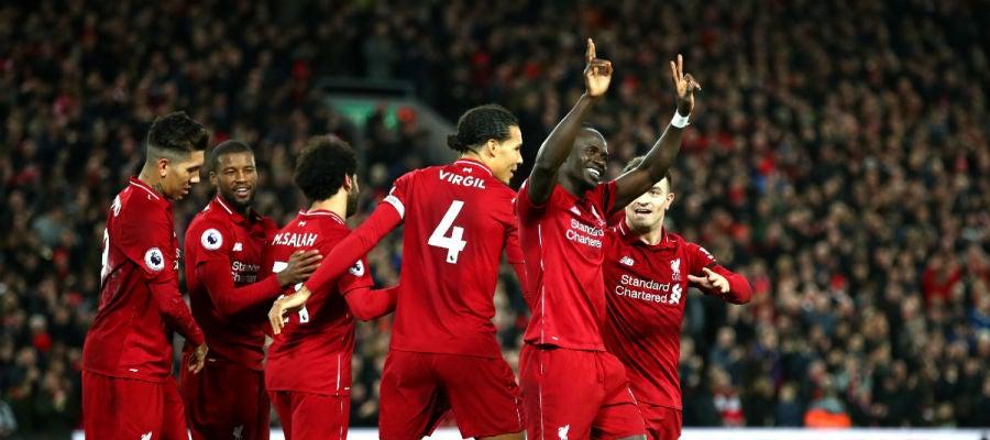 Mané celebra un gol con el Liverpool