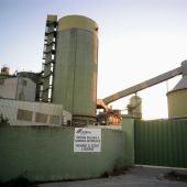 Instalaciones de la fábrica cementera de Cemex en Lloseta