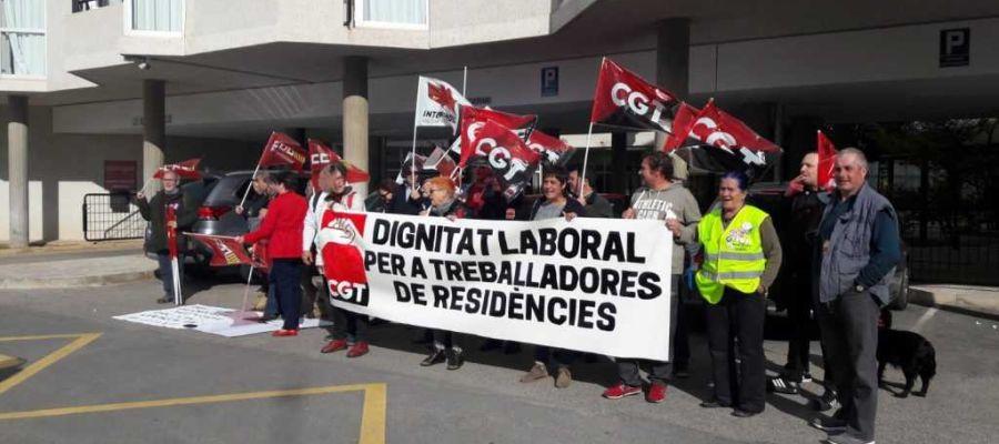 El sindicato CGT denuncia la falta de personal en las residencias de la provincia.