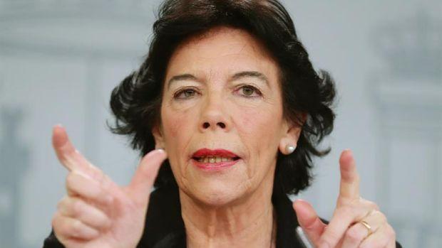 Isabel Celaá acusa a la oposición de intoxicar y de tener un proyecto exclusivo