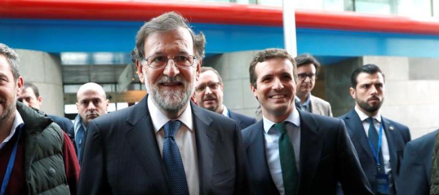 Mariano Rajoy y Pablo Casado en la entrada a la convención del PP
