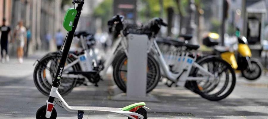 Patinetes y bicicletas