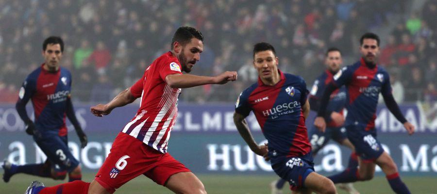 Koke, en acción contra el Huesca