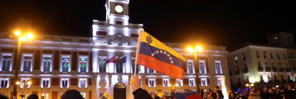 Opositores venezolanos se manifiestan en Sol