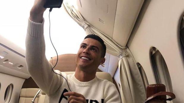 Cristiano Ronaldo, en su avión privado