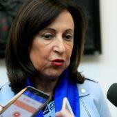 La ministra de Defensa, Margarita Robles, en el Senado