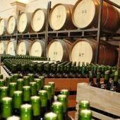 UPA pide regular el sector vitivinícola