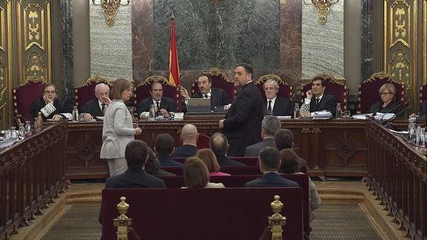 """Junqueras proclama su inocencia y Forn niega una """"orden política"""" a los Mossos en el 1-O"""