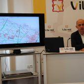 El regidor de Serveis Publics Francisco Valverde durant la presentació del projecte de reforma dels camins rurals.
