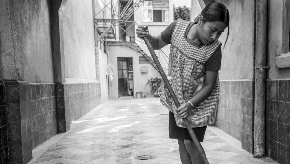 Yalitza Aparicio en una escena de Roma
