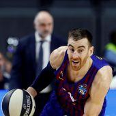 El alero del Barcelona Víctor Claver