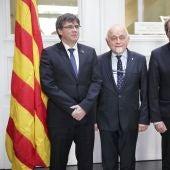 Quim Torra y Carles Puigdemont junto al presidente del Parlamento de Flandes