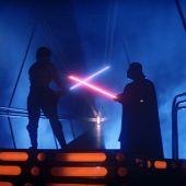 Duelo de espadas láser entre Luke Skywalker y Darth Vader