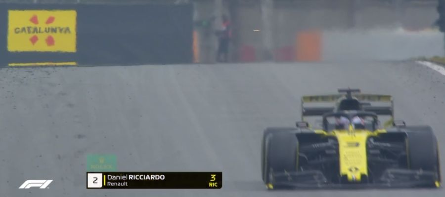 Daniel Ricciardo, antes de perder su alerón trasero
