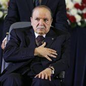 Buteflika renuncia a presentarse a las elecciones de Argelia.