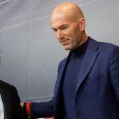 Florentino Pérez y Zinedine Zidane en rueda de prensa