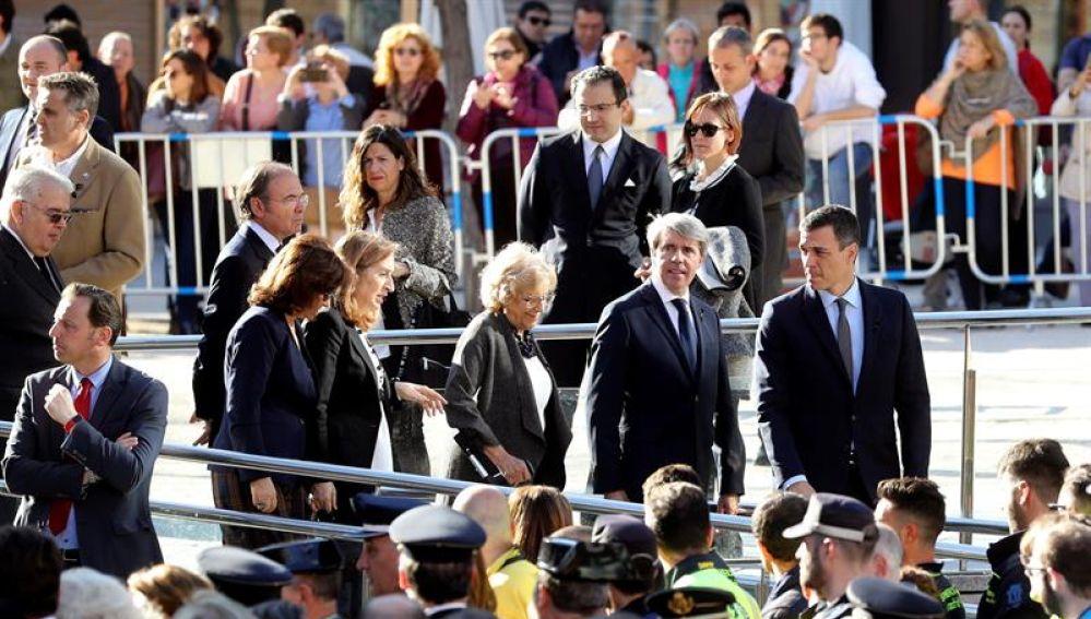 Pedro Sánchez, Ángel Garrido, Manuela Carmena y Ana Pastor, entre otros, durante el acto de homenaje a las víctimas del 11M