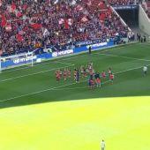 Las jugadoras del Atlético dan las gracias a la afición