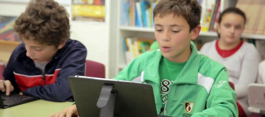 Un niño español gana el premio a mejor lector del mundo