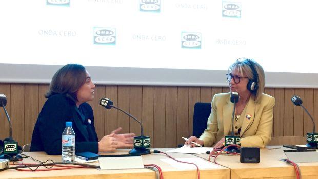 """Ada Colau: """"Estamos en periodo electoral y no hay que hacer batallas de símbolos"""""""