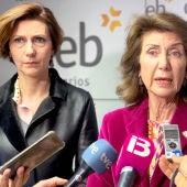 Carmen Planas, Presidenta de CAEB, junto a Isabel Oliver, secretaria de estado de Turismo.