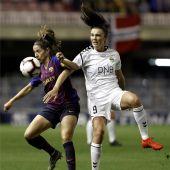 Vicky Losada en una acción del partido de Champions League