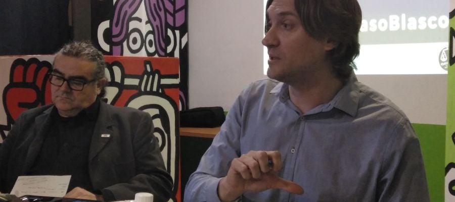El portavoz y el abogado de la Coordinadora Valenciana de ONGDs
