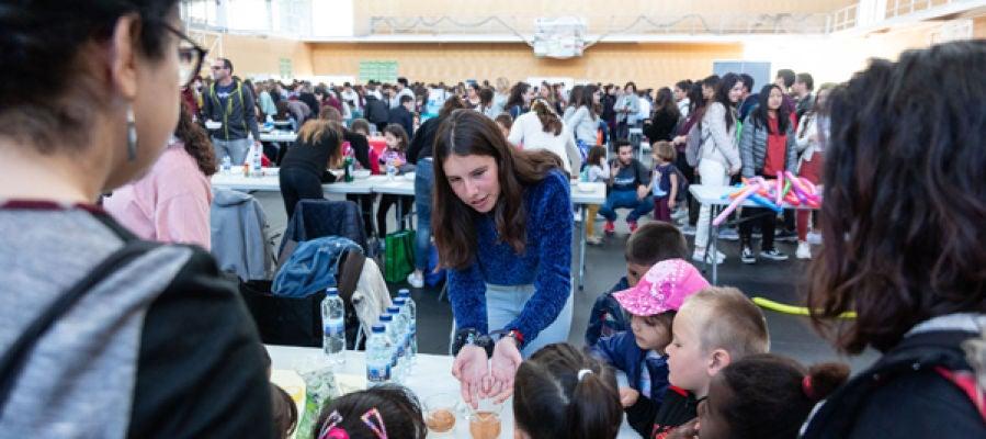 La UJI reúne a más de 3.000 alumnos de centros educativos de la provincia en la quinta edición de Firujiciència, Patrocinada por BP