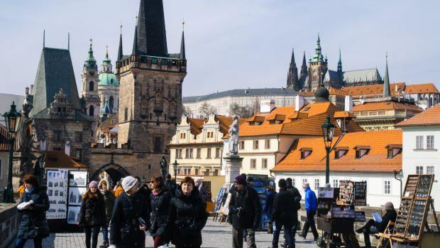 Ecos del Pasado: Apariciones en la República Checa