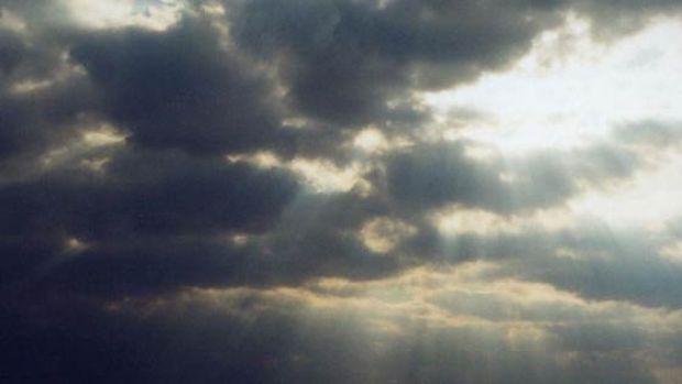 Mirando al cielo, en el segundo tramo de Semana Santa