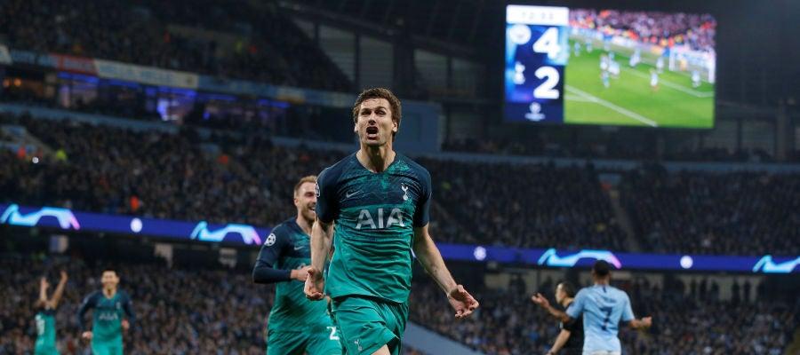 Fernando Llorente celebra su gol ante el Manchester City