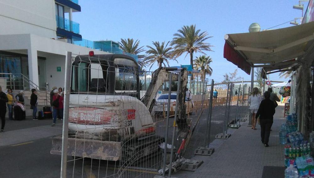 Obras de soterramiento de contenedores en la Playa de Palma