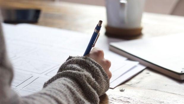 El dilema: ¿Se puede leer el diario de tu hijo?
