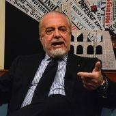 De Laurentiis durante una entrevista