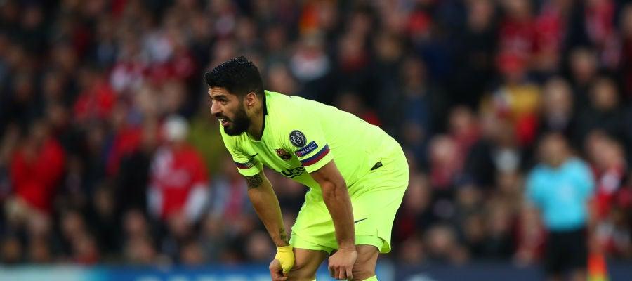 Luis Suárez, en el partido ante el Liverpool en Anfield