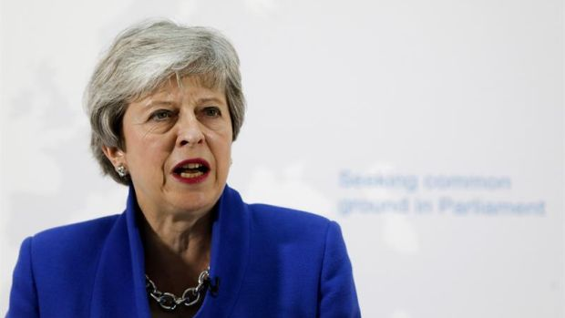 La posible victoria del partido del 'Brexit' en las Europeas amenaza aún más la continuidad de May