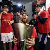 Sergio Rodríguez celebra el título de Euroliga