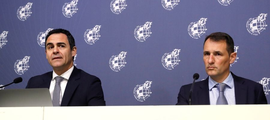 Velasco Carballo y Clos Gómez, ante los medios