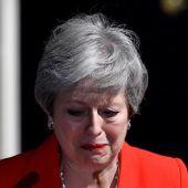 Theresa May tras anunciar su dimisión