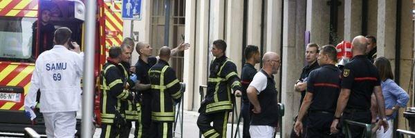 La explosión de Lyon se debió a una bomba por control remoto cargada con metralla